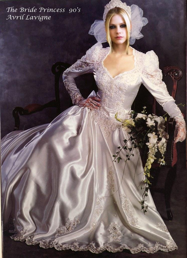 Avril Lavigne Sexy The Bride Princess 1990 | My Cinderella ... Avril Lavigne