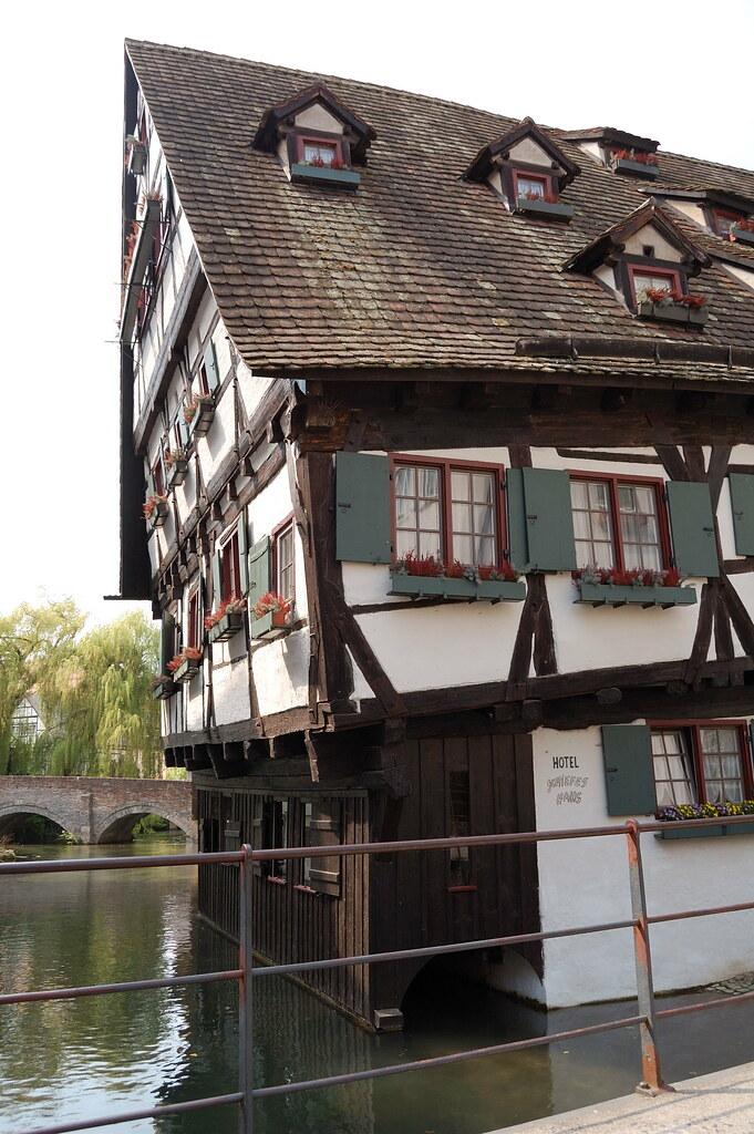 Schiefe Haus Das Schiefe Haus in Ulm saitenreiter