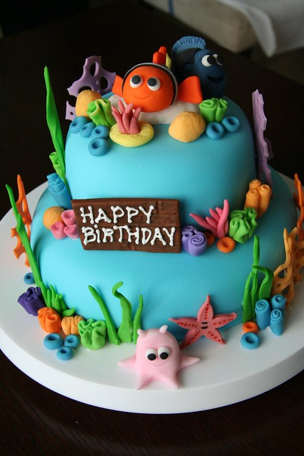 Finding Nemo Birthday cake My first fondant cake and ...