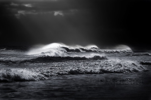 Atlantic Ocean Waves BW | by Dapixara