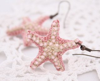 Light pink starfish earrings | by Julia Kolbaskina