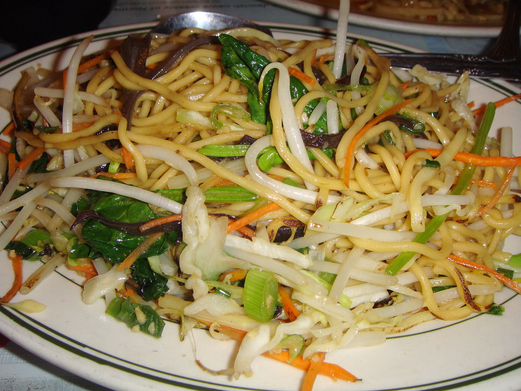 calories in mixed vegetable chow mein