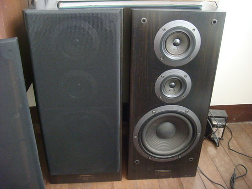 pioneer speakers s d5 160 watts max 6 ohm 1990 model. Black Bedroom Furniture Sets. Home Design Ideas
