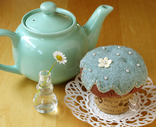 CupCake Pincushion | by PatchworkPottery