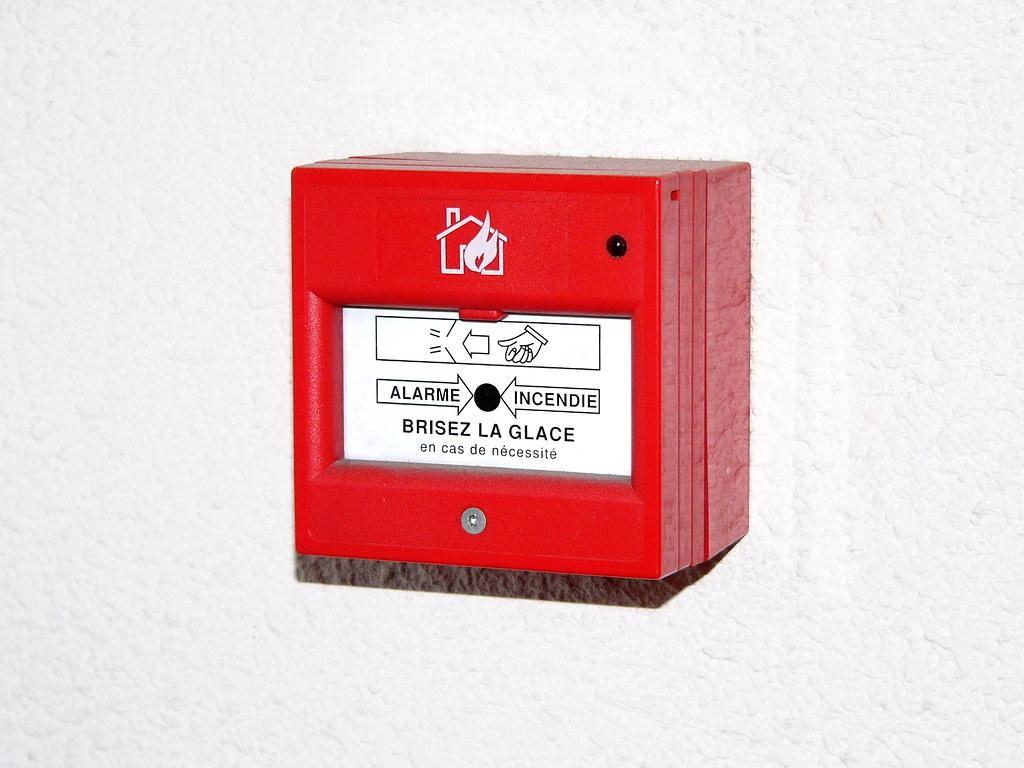 alarme incendie alarme incendie fr d ric bisson flickr. Black Bedroom Furniture Sets. Home Design Ideas