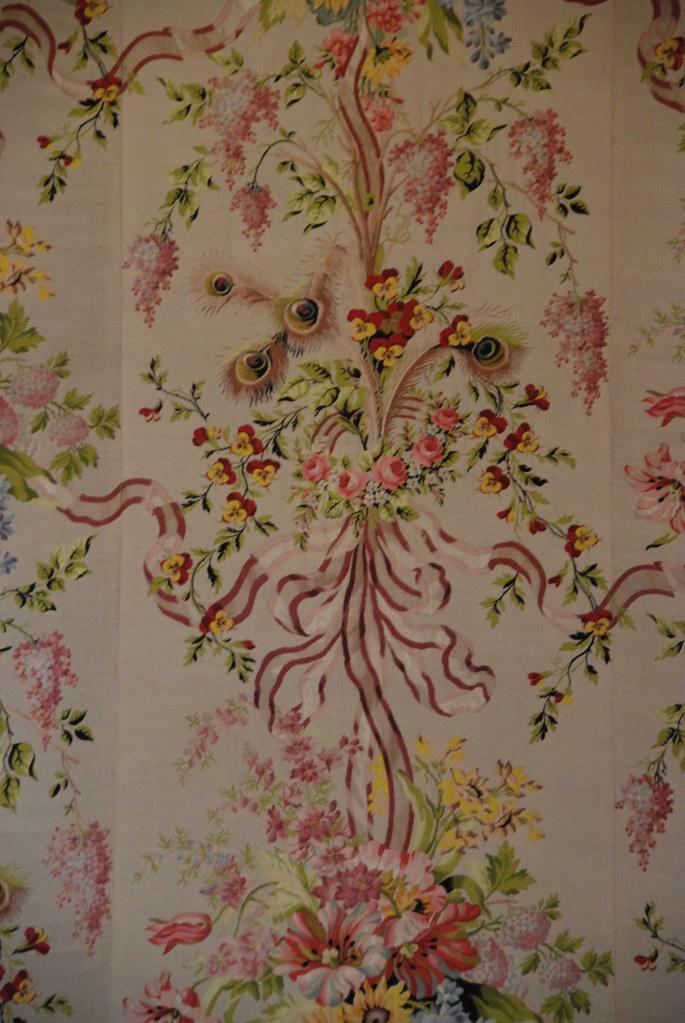 marie antoinettes wallpaper versailles france p