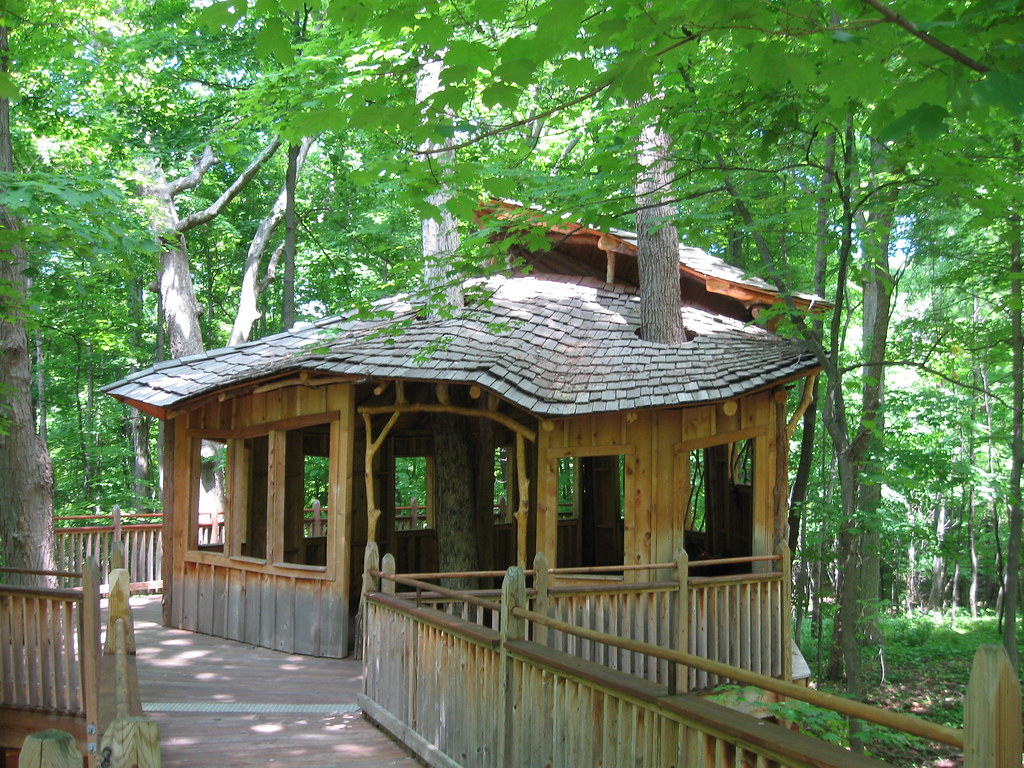 Everybody S Treehouse Mount Airy Forest Dan Stiver Flickr