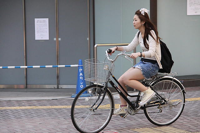 Girl On The Japanese Typical City Bike Greenxw Flickr