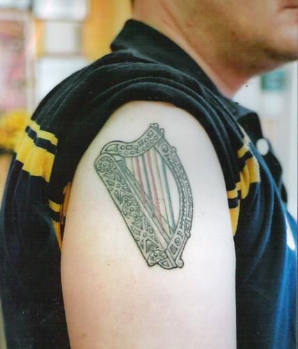 Irish harp tattoo irish harp with zimbabwe colors in for Tattoo artist education courses