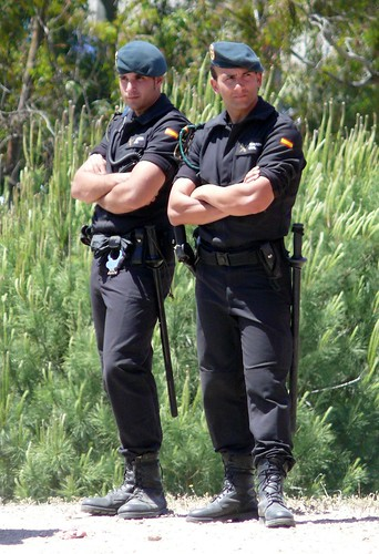 Bulge cop gay sexy policeman strait first 10