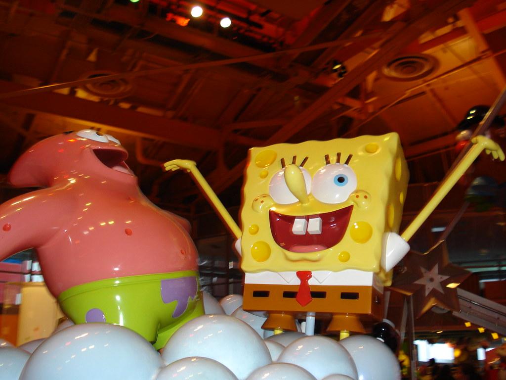 Spongebob And Patrick Toys R Us Times Square New York