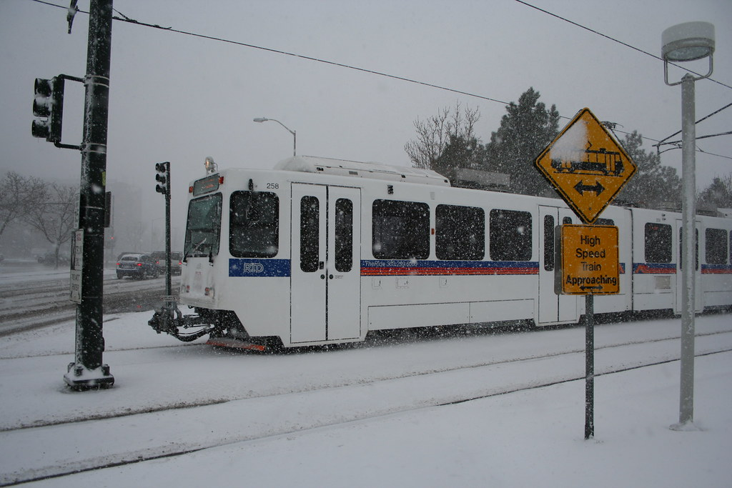 Light Rail In The Snow The Rtd Light Rail Just About To