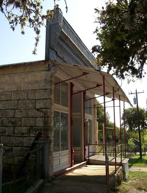 Modern texas hill country homes joy studio design for Korel home designs s3112l
