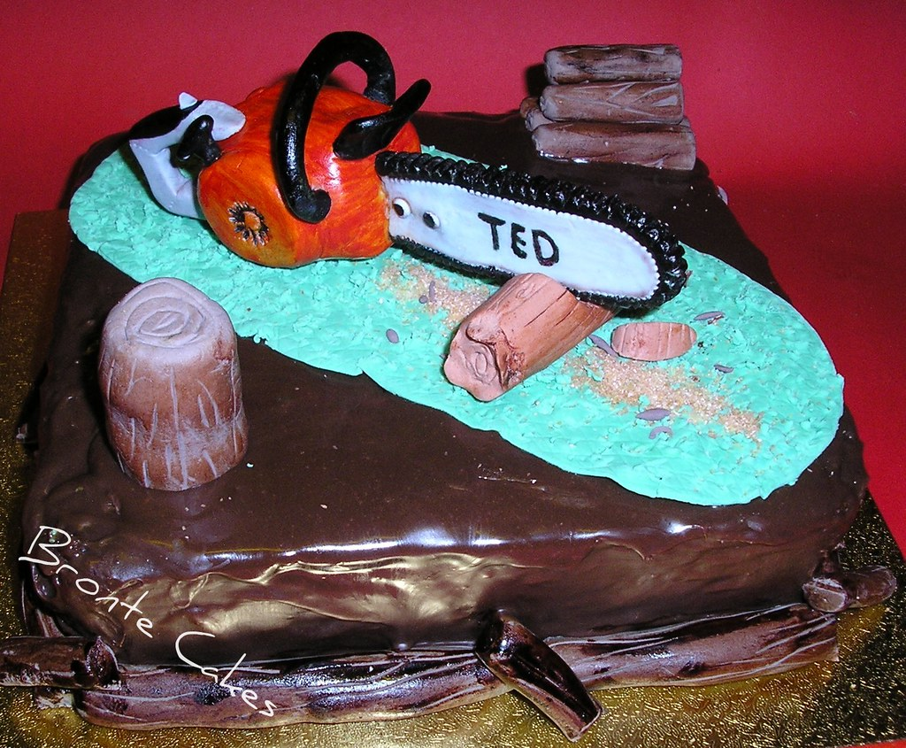 Dads Birthday This Is The Chainsaw Cake I Made For My