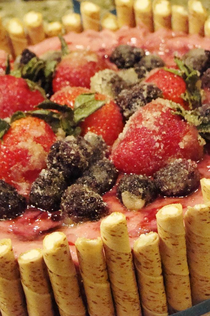 Mix Berries With Jam Cake Site Tasteofhome Com