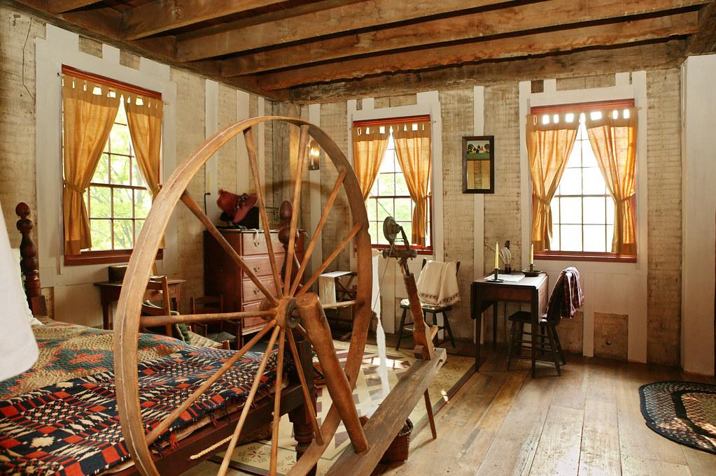 Interior of smith frame home lds historic site for Home interior website