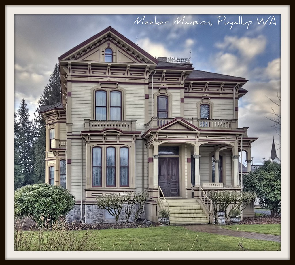 Meeker mansion puyallup wa 17 room victorian manion for Home builders in puyallup wa