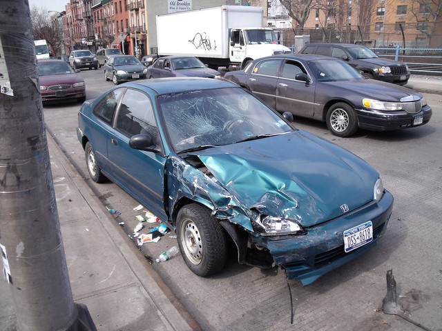 Smashed Honda Civic | On the BQE overpass at Union St, the 7… | Flickr