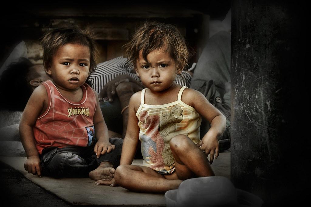Philippine Slum Girls