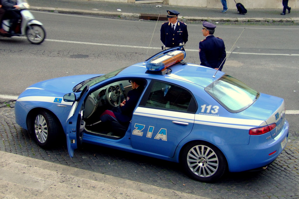 alfa romeo 159 3 2 v6 polizia lancia gamma berlina flickr. Black Bedroom Furniture Sets. Home Design Ideas