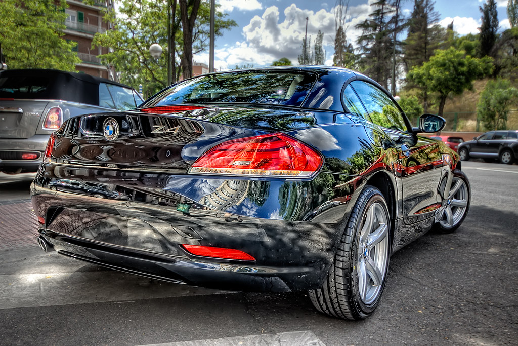 bmw z4 sdrive 23i rear hdr hdr from 3 bracketed. Black Bedroom Furniture Sets. Home Design Ideas