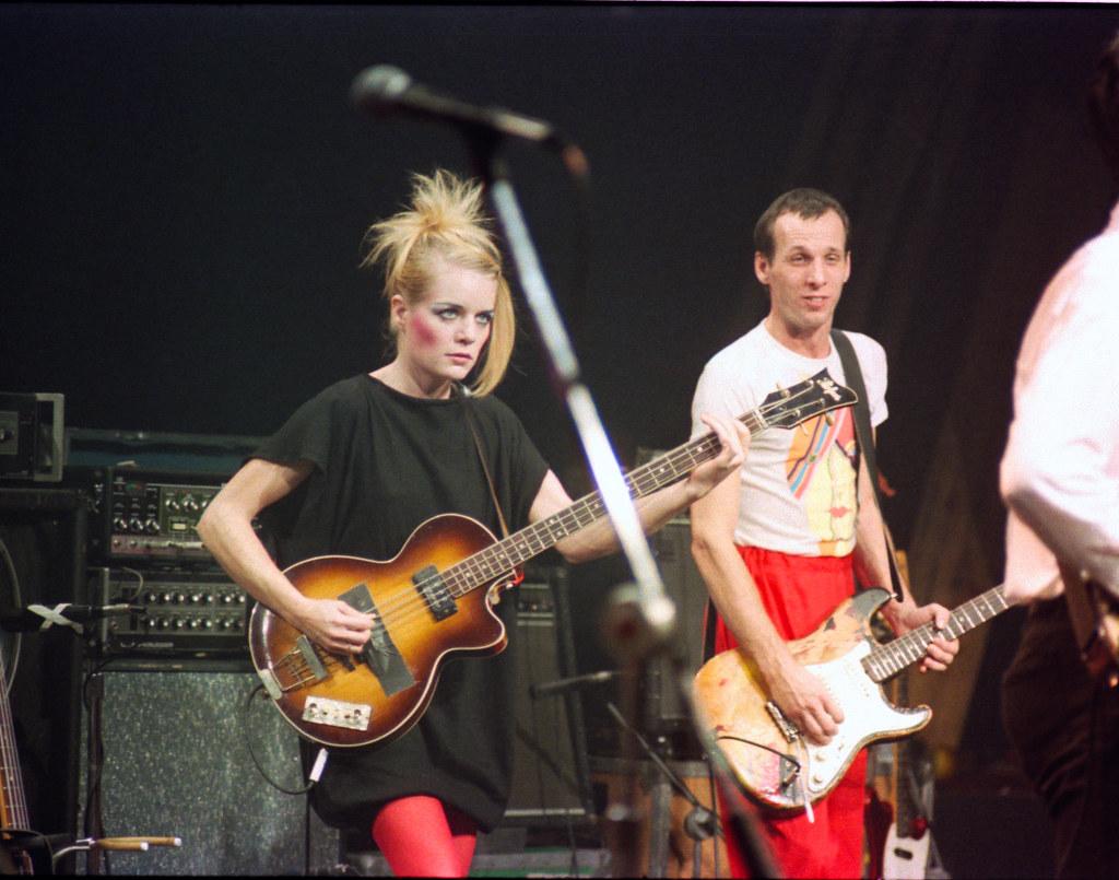 Talking Heads 1982 Tina Weymouth Amp Adrian Belew Craig