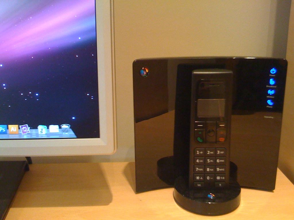 Bt Home Hub  Chromecast