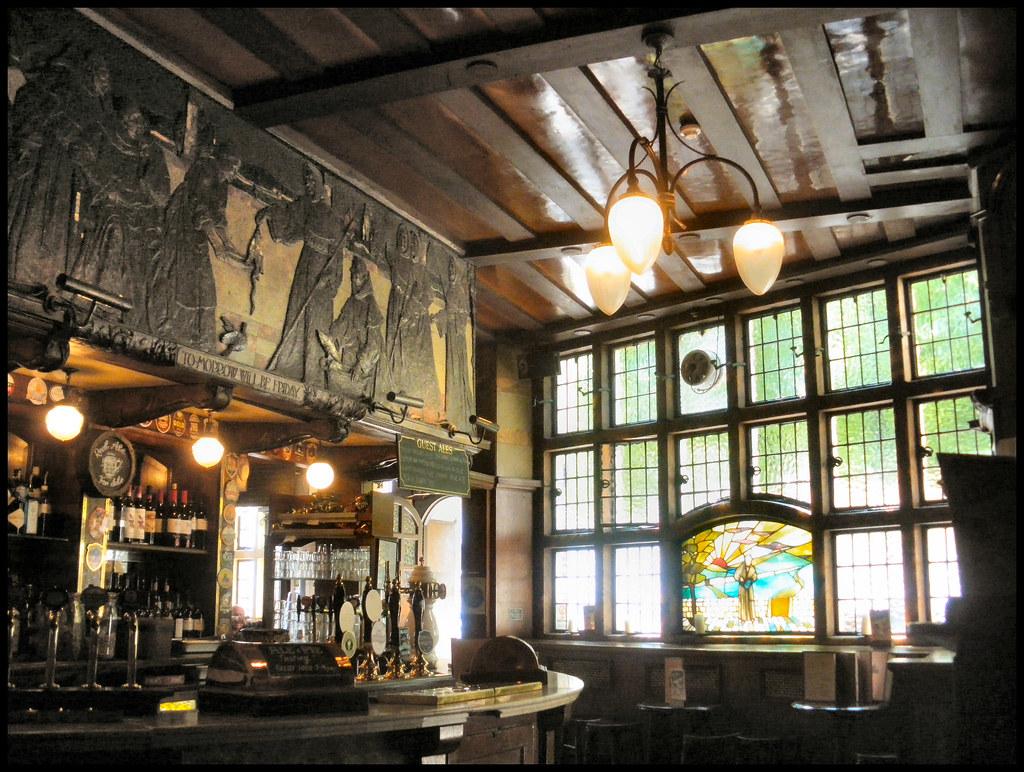 the black friar pub london ec4 art nouveau interior w
