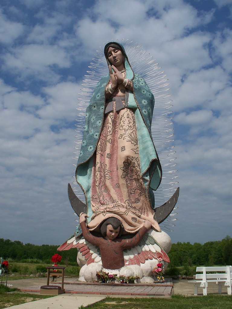 Virgin Mary Of Guadalupe >> OH Windsor - Mary Statue | Large Madonna statue at Servants … | Flickr