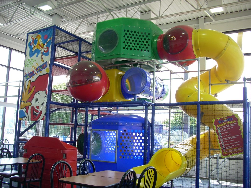 "· Chuck E. Cheese's, the playground and gaming chain for kids, announced this week that it will now hold a ""Sensory Sensitive Sunday"" for children with special needs."