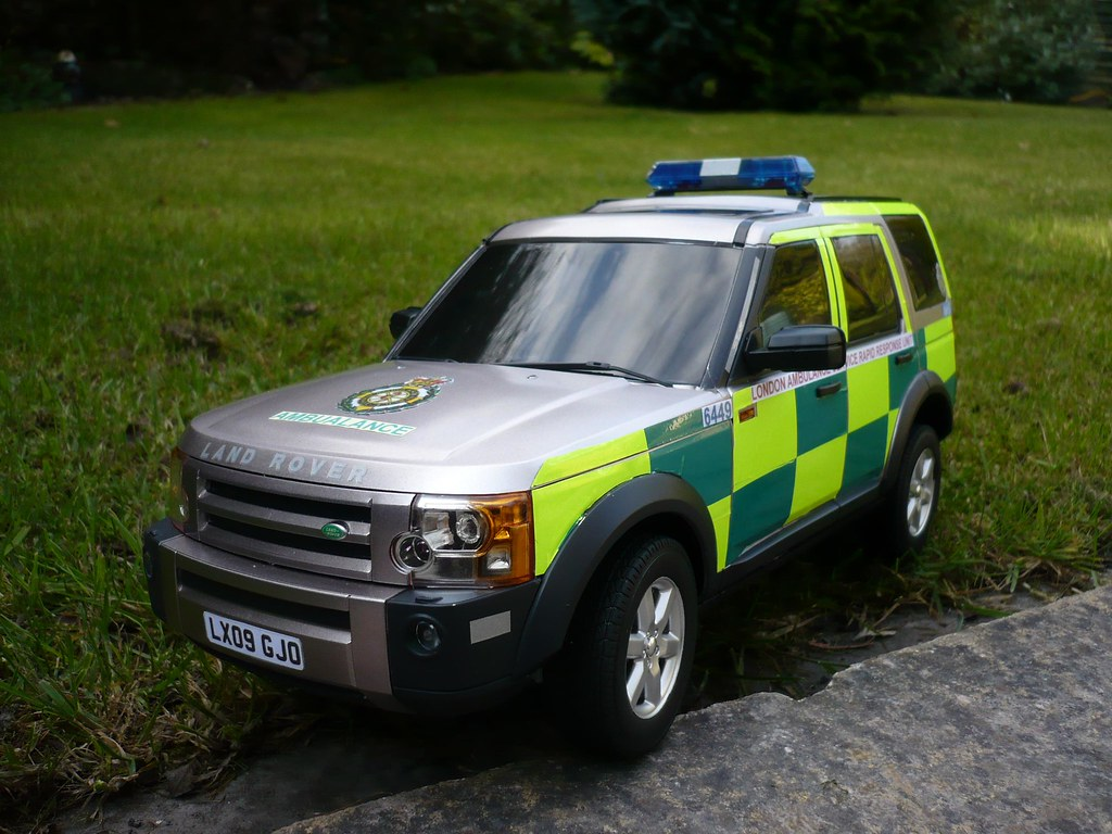 1 14 Rc Code 3 Land Rover Discovery London Ambulance Rrv