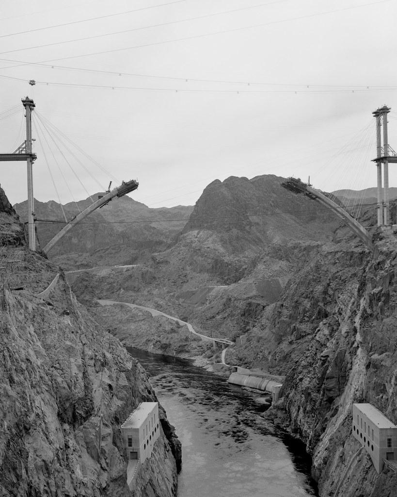 Bridge over Hoover Dam | Bridge being built over the ...