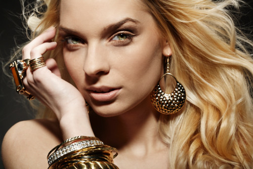 Urban Jewelry Models - YouTube