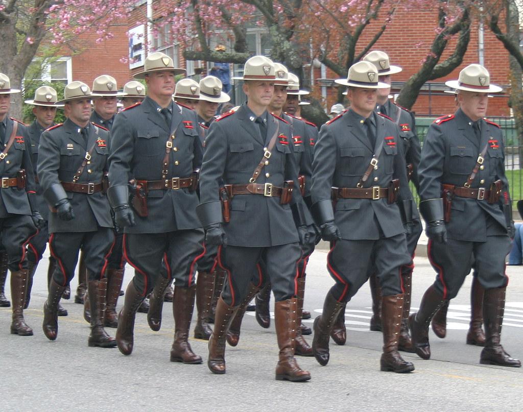 Rhode Island State Police Uniform