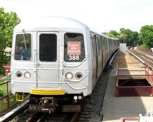 Tottenville Express Train Mta Staten Island Railway New
