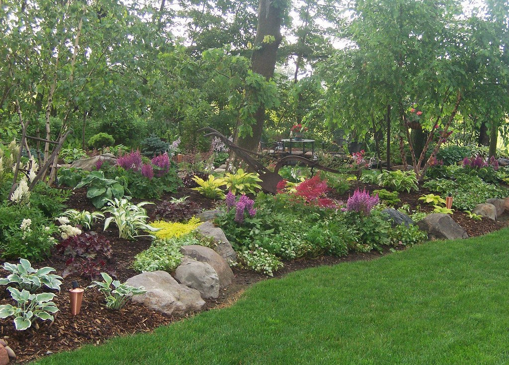 100 1626shade garden gardens landscaping rock garden w for Free rock garden designs