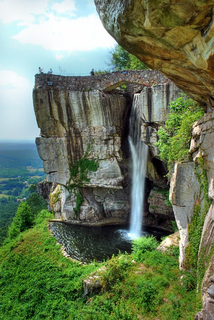 Lover S Leap Rock City Georgia This Waterfall Under