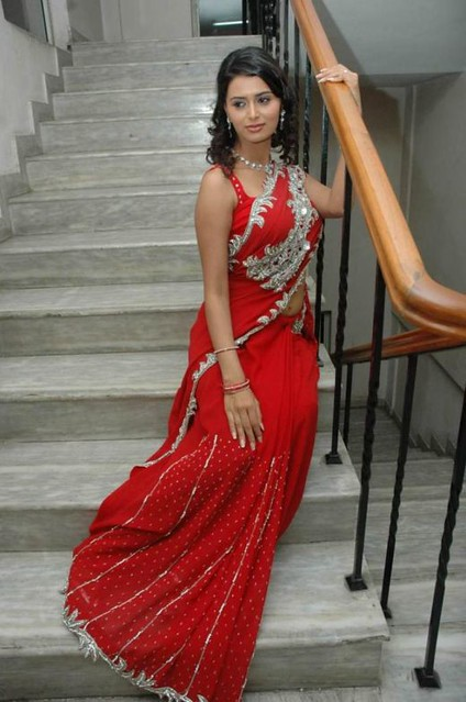Hot Indian Woman In Red Saree  See More Sexy Pictures Hot -1700