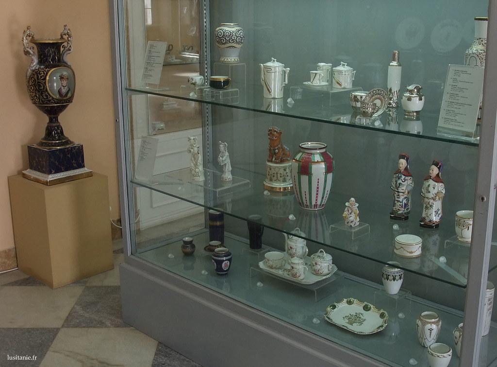 La porcelaine, en plus d'être décorative, est également utile