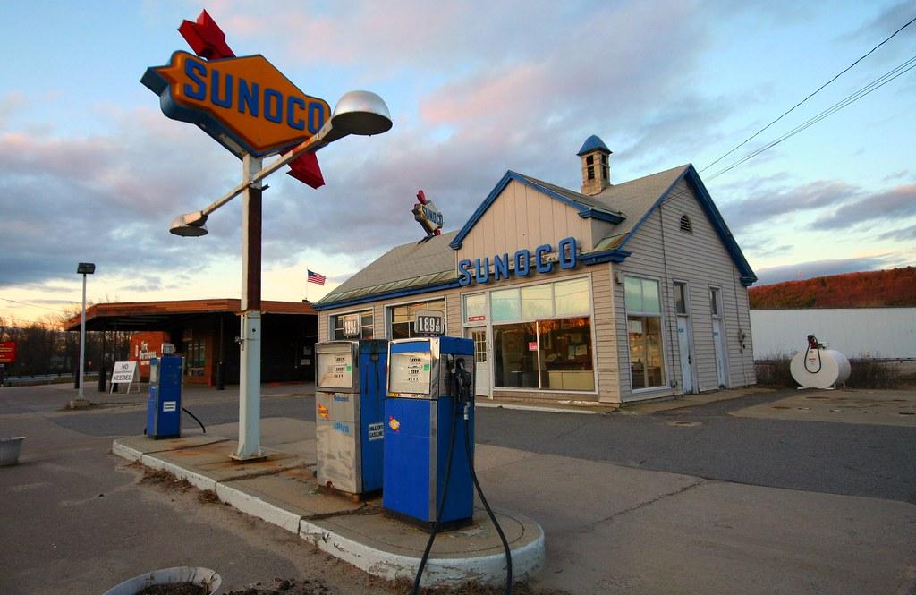 Sunoco Gas Station Keene Nh A 1960s Era Sunoco Gas