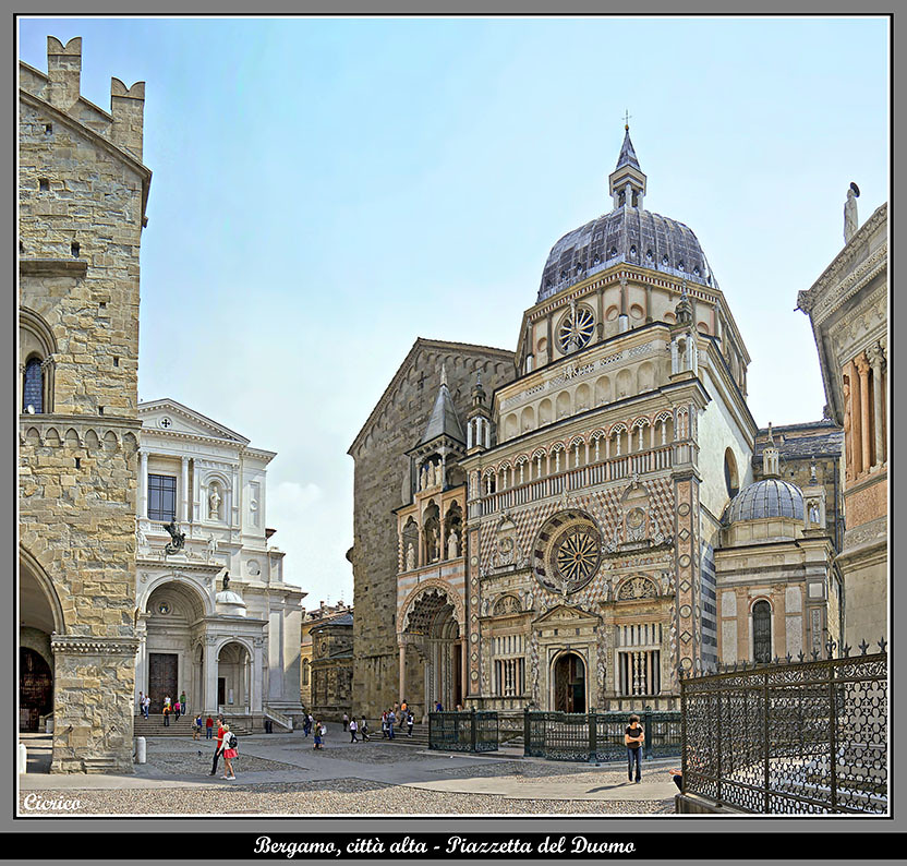Bergamo citt alta piazzetta del duomo da sinistra for B b bergamo alta