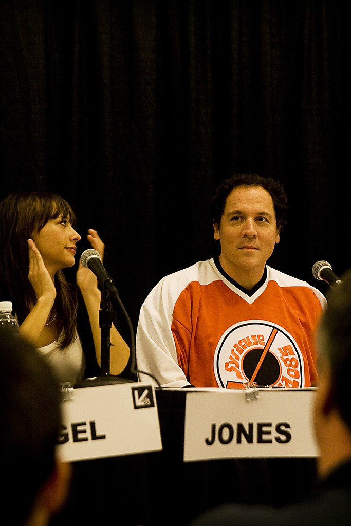 "rashida jones dating jon favreau ""i know sex has occurred in the white house just not with me"" — rashida jones when asked by playboy if she and obama speechwriter jon favreau ever, you know, did it at his office while they were dating."