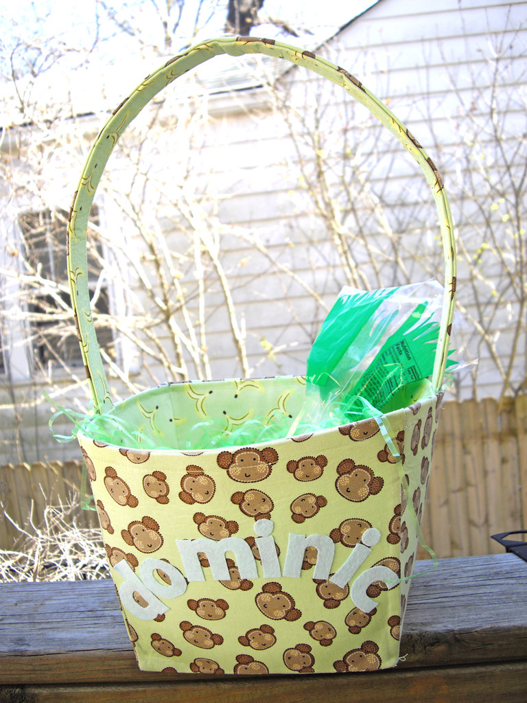 Handmade Basket Tutorial : Handmade fabric basket made for the boy by my friend
