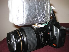 DIY flash Macro rig, built-in flash extender and diffuser made with plastic bottle by Kolvorok