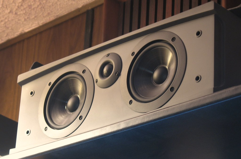 Cambridge SoundWorks Newton MC400 Model