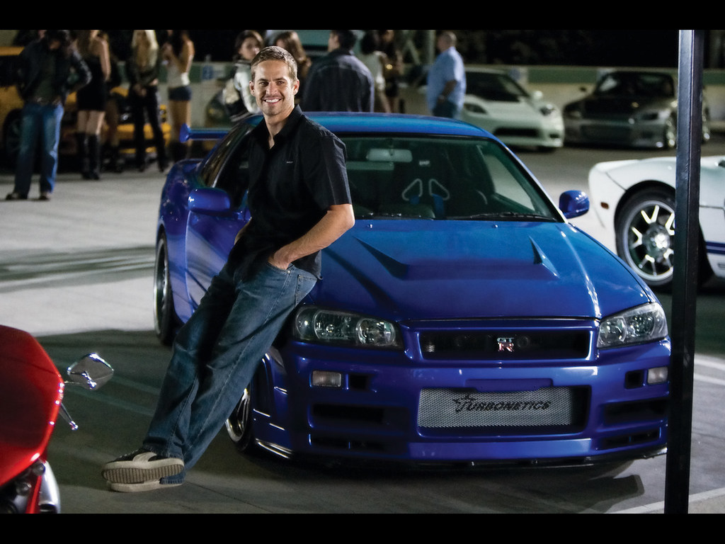 fast furious paul walker with nissan skyline not my. Black Bedroom Furniture Sets. Home Design Ideas