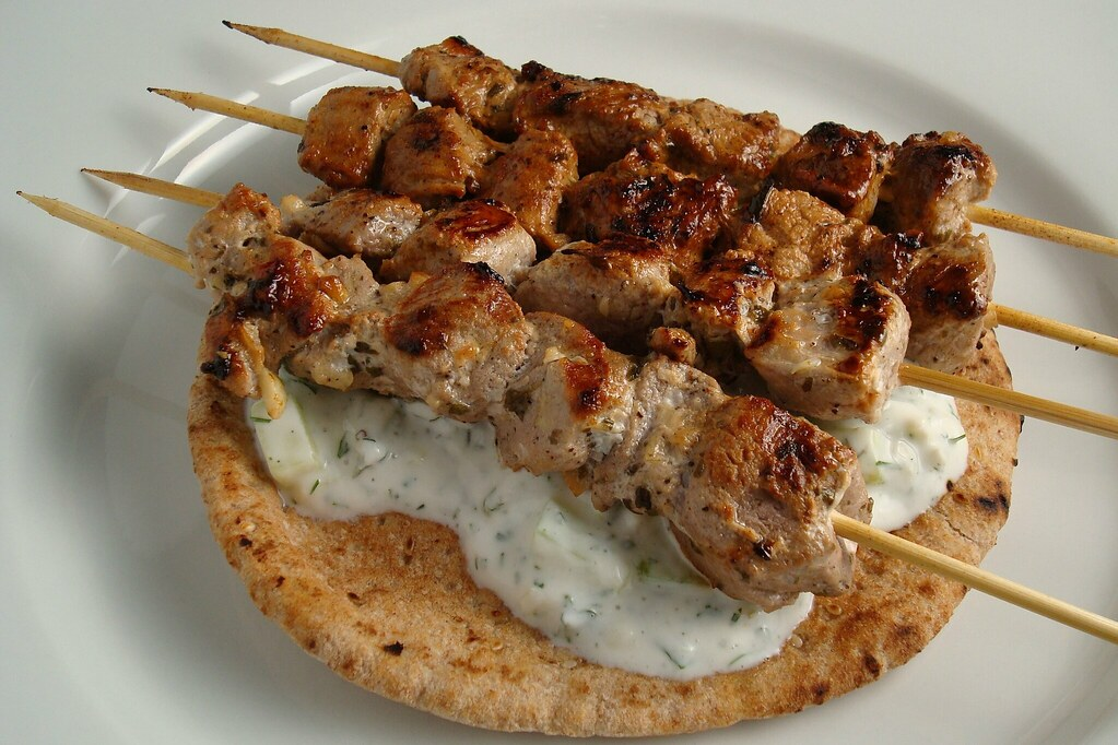 Pork Souvlaki | dishingupdelights.blogspot.com/2009/04/pork ...
