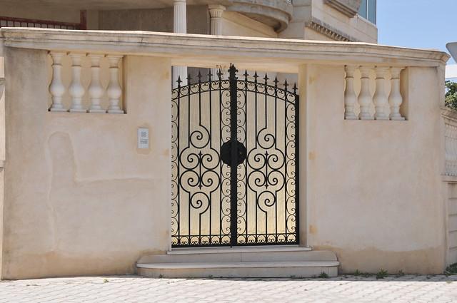 Porte ext rieure en fer forg explore citizen59 39 s photos for Porte fer forge 2016