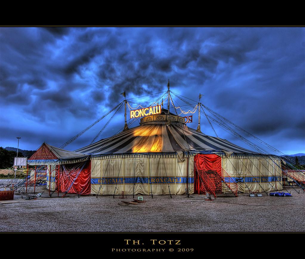 zirkus circus roncalli thomas totz germany freiburg flickr. Black Bedroom Furniture Sets. Home Design Ideas