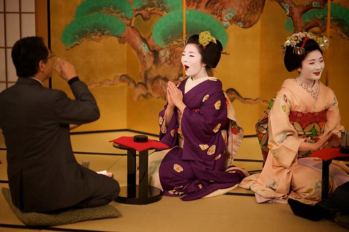 Maiko Evening at Gion Hatanaka | by Kapoue